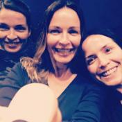 Caroline, Sharon e Andrea